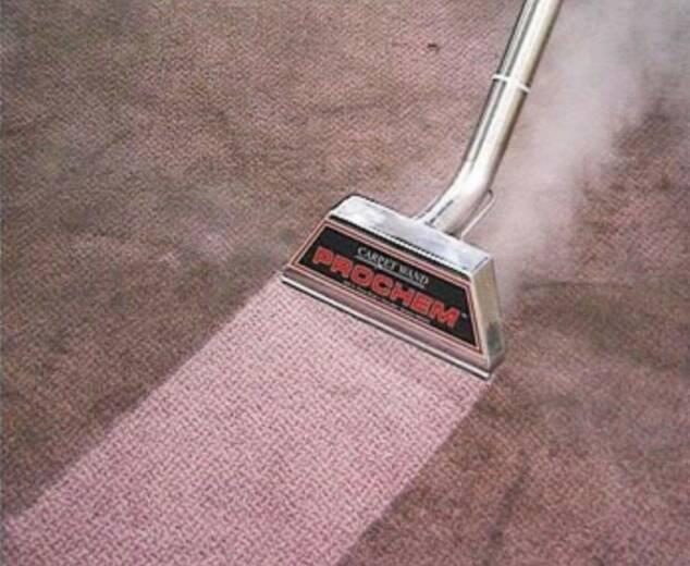 How to clean wool carpet with dry or steam cleaning
